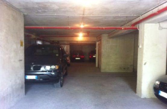 Sesso nel garage