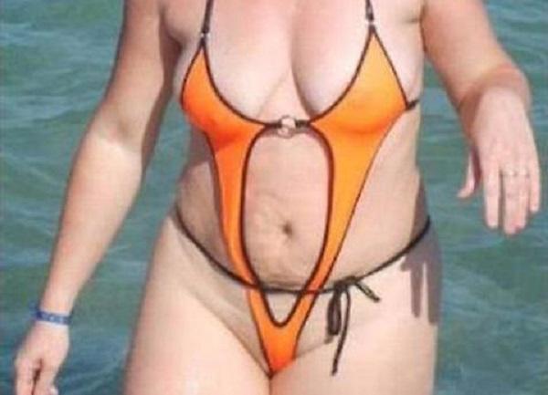 Bikini da horror i costumi da bagno più brutti della storia della