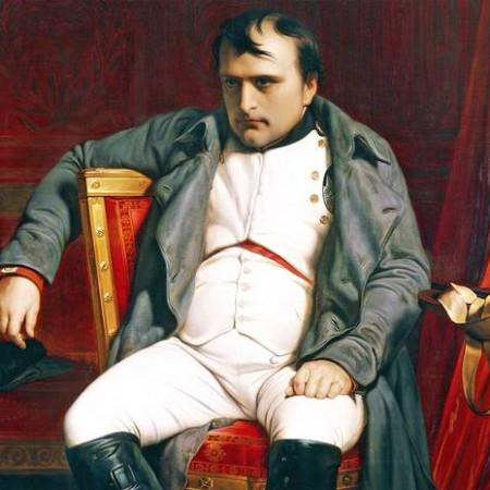 lunghezza del pene napoleone un uomo masturba un pene