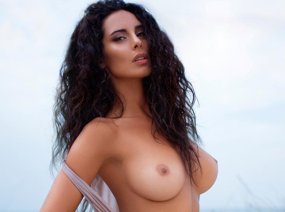 Cristina del basso hot nude — pic 11
