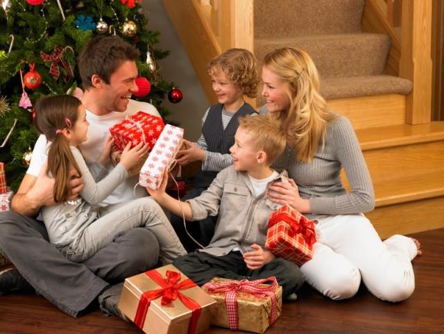 Regali Di Natale Famiglia.Regali Di Natale Per I Bambini Manca Poco Ma Un Consiglio Ecco