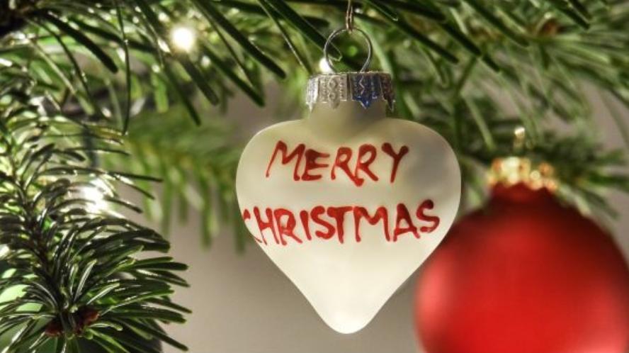 Auguri Di Buon Natale Alla Famiglia.Auguri Di Natale Whatsapp Una Lista Infinita Di Frasi E Immagini