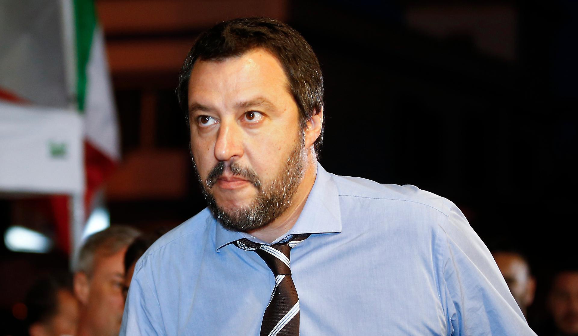 """""""Avete ragione"""". Autostrade: Salvini scoperto, costretto ad"""