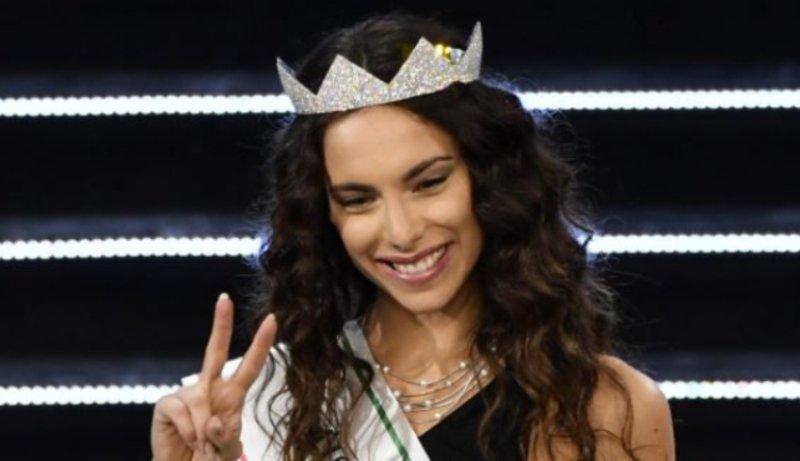"""""""Mi ha iscritto lui a Miss Italia"""": ecco chi è il marito di"""