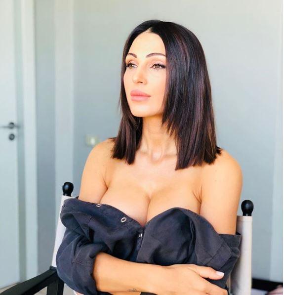Ma chi sei? Anna Tatangelo: nuovo look e seno 'boom'. Trasfo