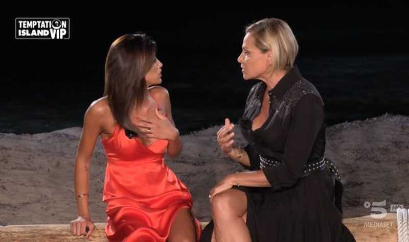 """""""Pazzesca"""". Temptation, lite tra Bettarini Larini. E Simona?"""