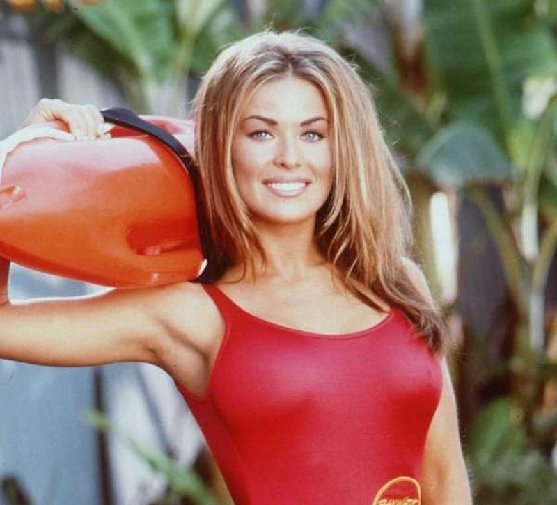 Era Lani di Baywatch, poi Carmen Electra è scomparsa. Oggi?