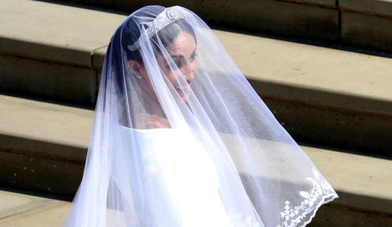 Il velo da sposa nascondeva un segreto. Ma Meghan Markle lo