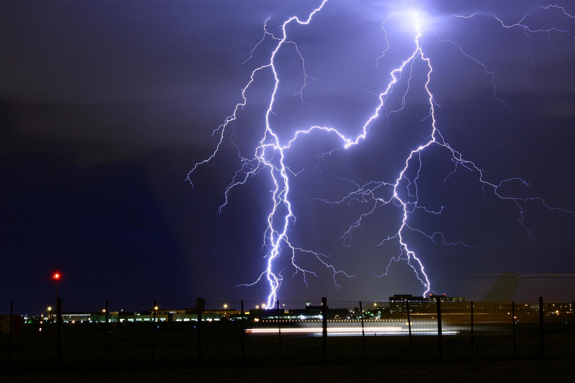 Scatta l'allerta meteo: vortice ciclonico in arrivo. Le regi