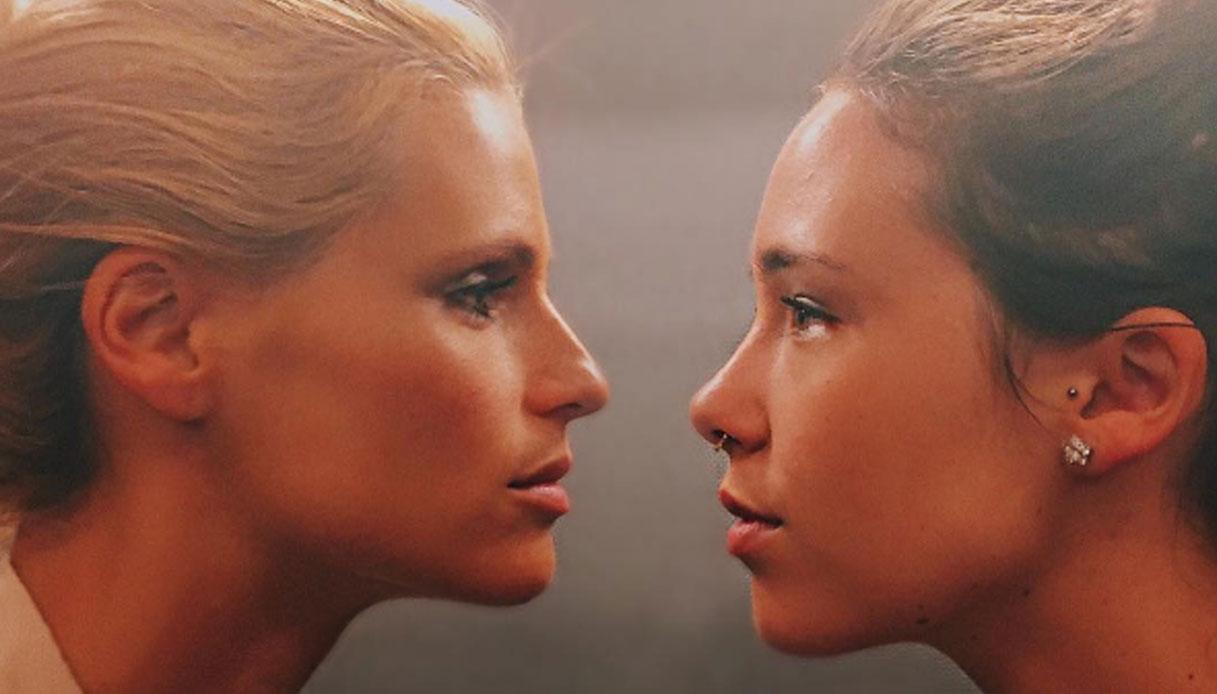 """""""Una valle di lacrime"""". Michelle Hunziker e Aurora Ramazzotti ancora insieme ma disperate: il retroscena. ..."""