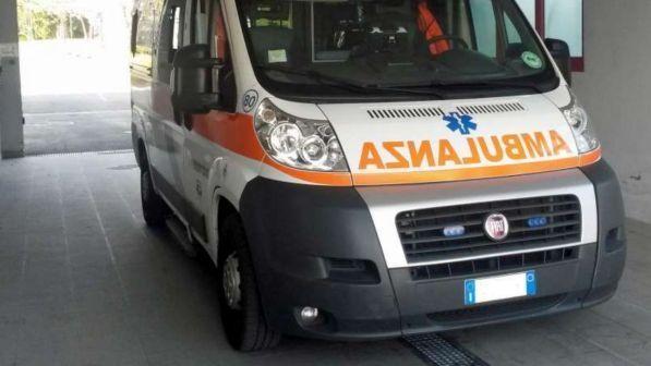 Terribile incidente |  choc in Italia  Ragazzino travolto da muletto |  morto