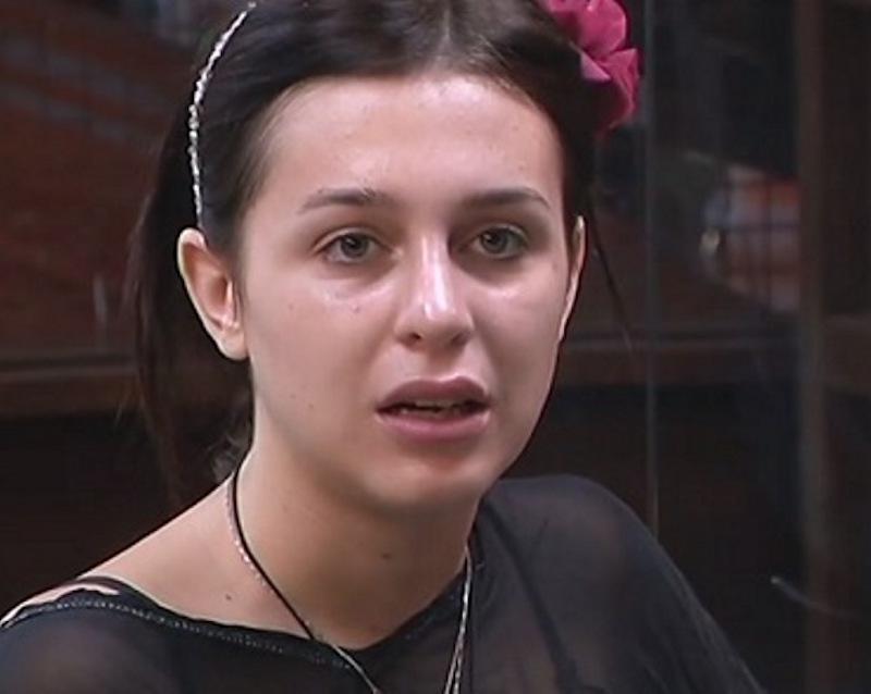 Asia Nuccetelli rifatta: la figlia di Antonella Mosetti è ir