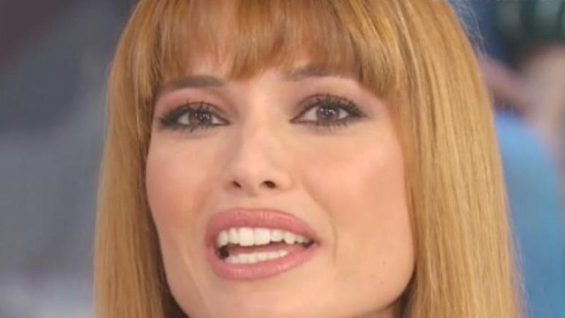 """Carlotta Mantovan, la foto social che commuove i fan: """"Quanta dolcezza!"""""""