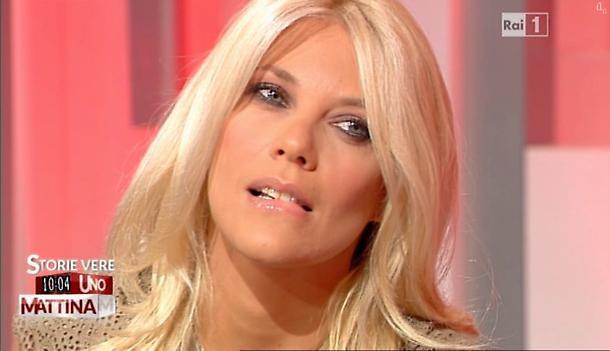 Storie Italiane, Eleonora Daniele chiama i carabinieri in di