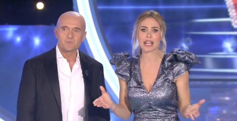 Grande Fratello Vip, Maurizio Battista asfalta il programma: