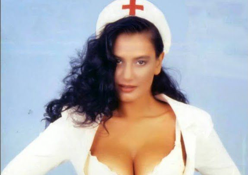 Angela Cavagna, vi ricordate la sexy infermiera di Striscia?