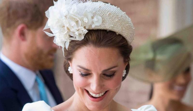 Kate Middleton, passione per i cerchietti. Ma c'è un motivo
