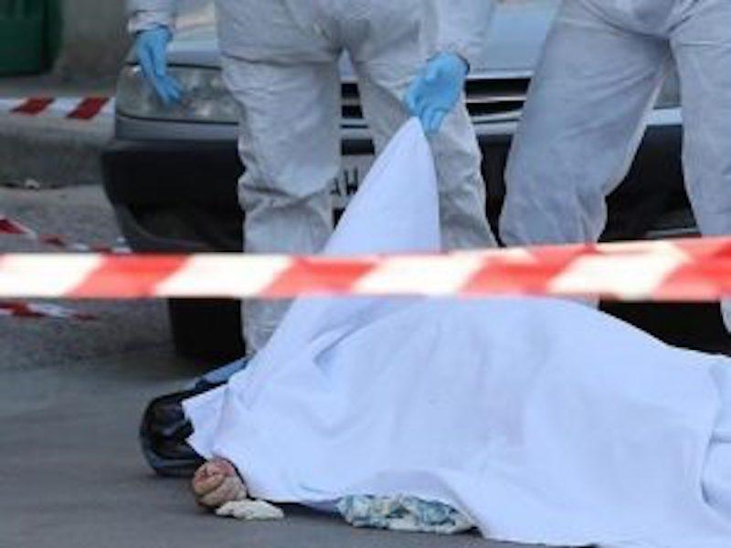 Finanziere uccide moglie e cognata in una cartoleria del Casertano, poi si toglie la vita