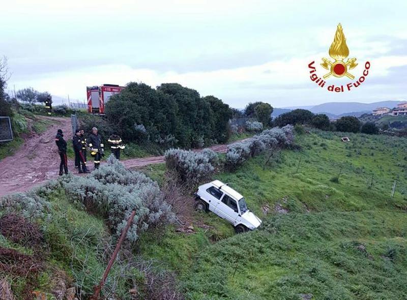 Escalaplano: 72enne muore schiacciato dalla sua auto