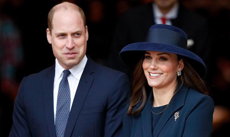 Kate e William, ecco la nuova foto di famiglia per gli augur
