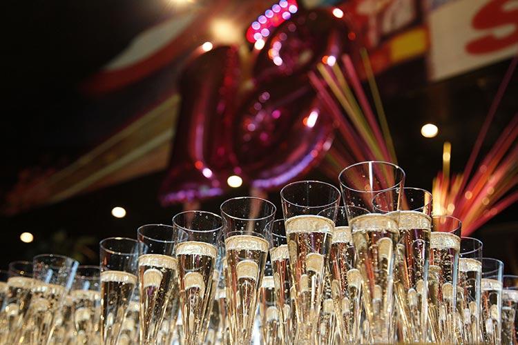 Festa di compleanno di 18 anni, consigli e idee per un party