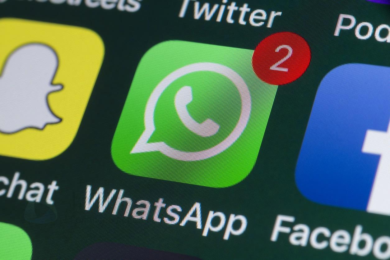 WhatsApp, arriva l'addio agli screenshot