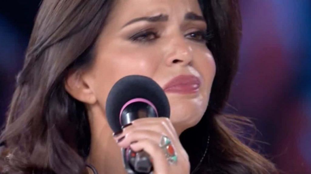 """""""Sta molto male"""". Poi Pamela Camessa scoppia a piangere, cala il gelo in studio"""