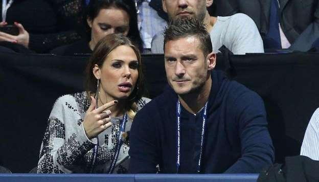 Critiche a Ilary Blasi, Francesco Totti alza la voce: il cam