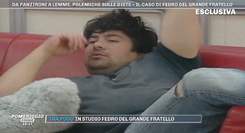 """Ma cosa hai fatto"". Fedro torna in tv, l'ex gieffino da Bar"