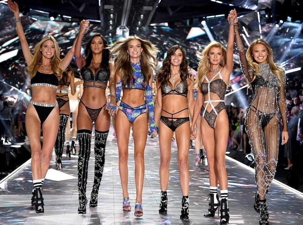 Victoria's Secret, arriva la prima (e bellissima) modella cu