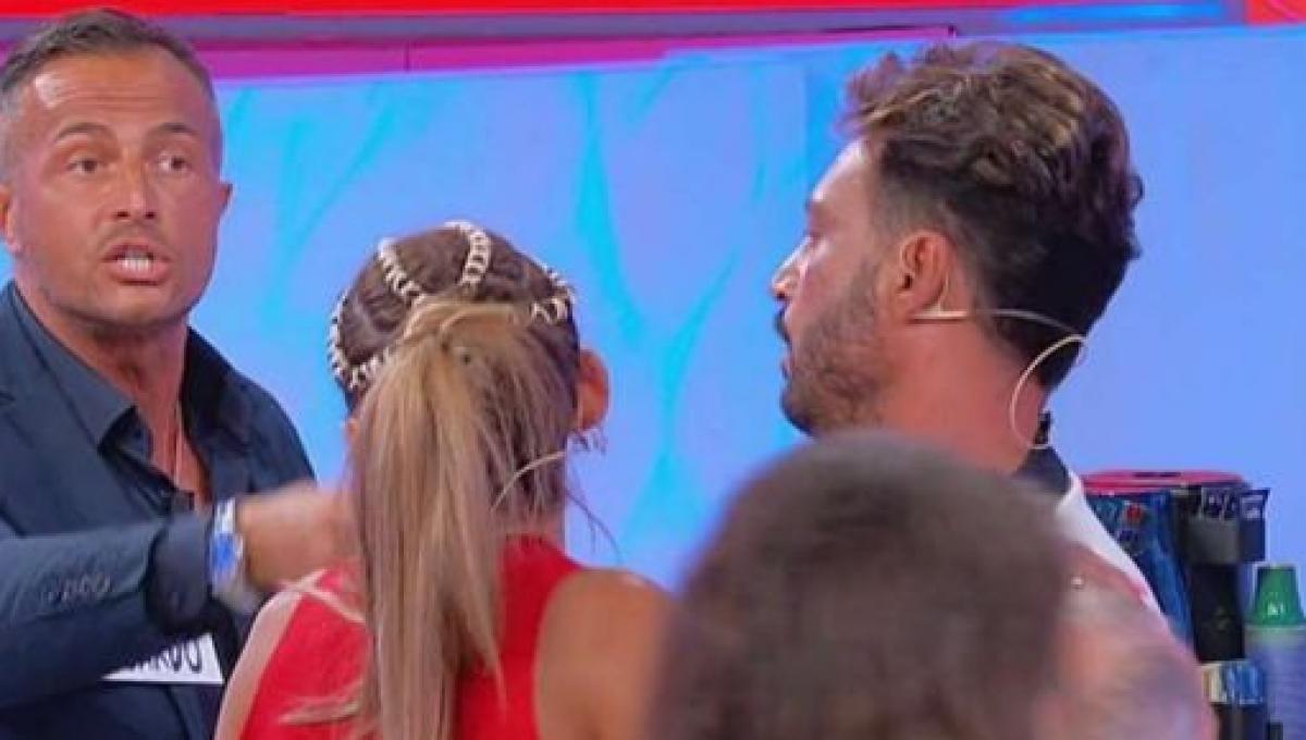Uomini e Donne, Riccardo Guarnieri show con Ida Platano. E M