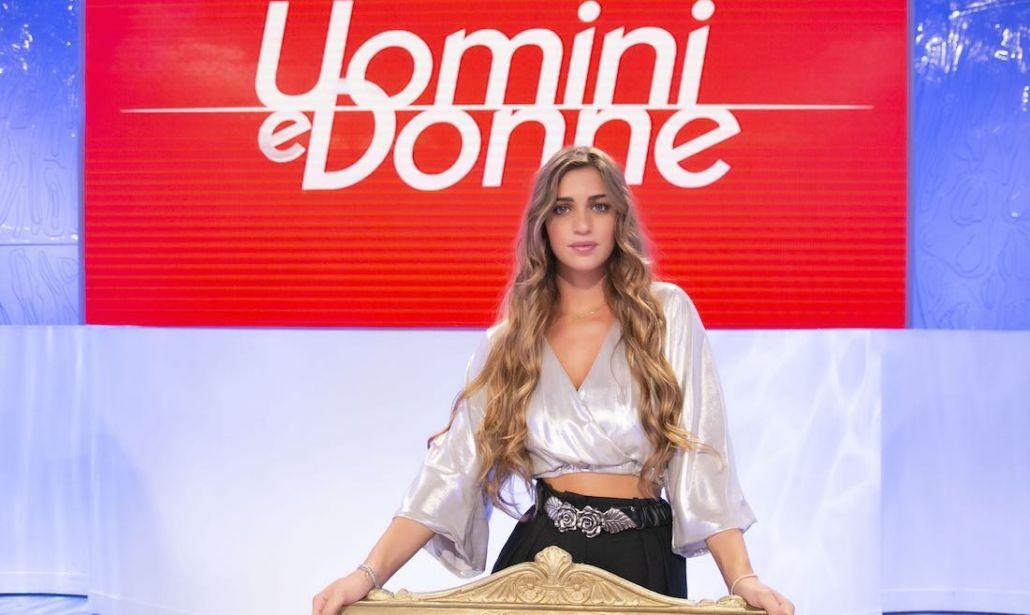 Sara Tozzi, il colpo di scena dopo Uomini e Donne: la foto è