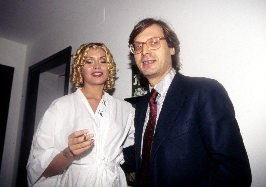 Vittorio Sgarbi e la sua storia con Elenoire Casalegno | Caffeina magazine
