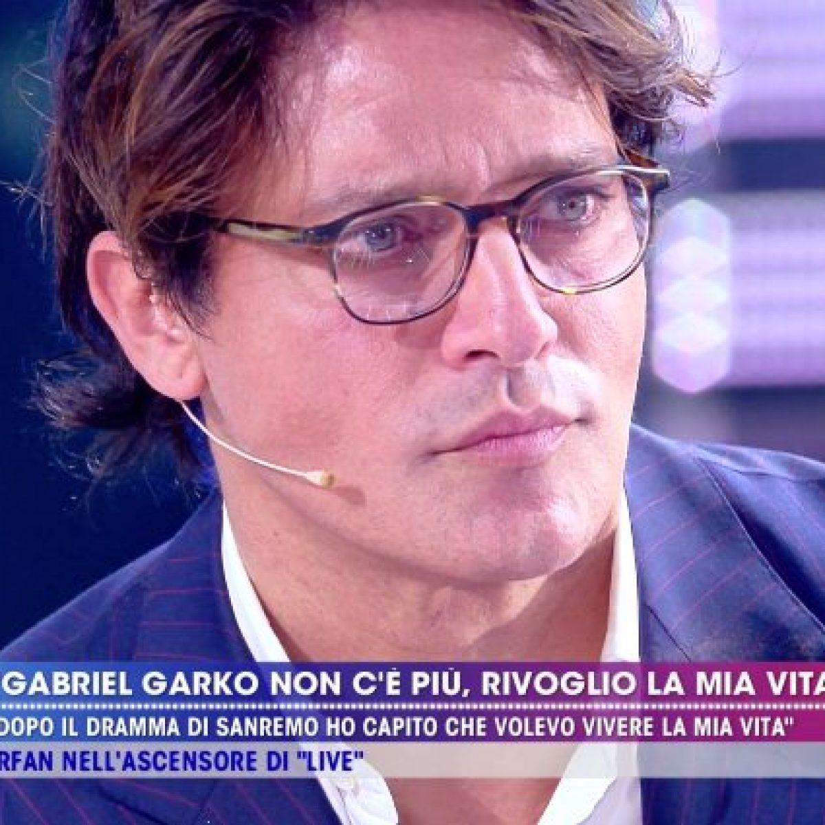 """""""L'ha baciato in diretta!"""". Barbara D'Urso lo ha fatto davve"""