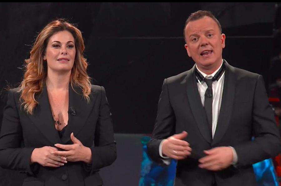 Emma Marrone e Gigi D'Alessio, emozione pura sul palco di '2