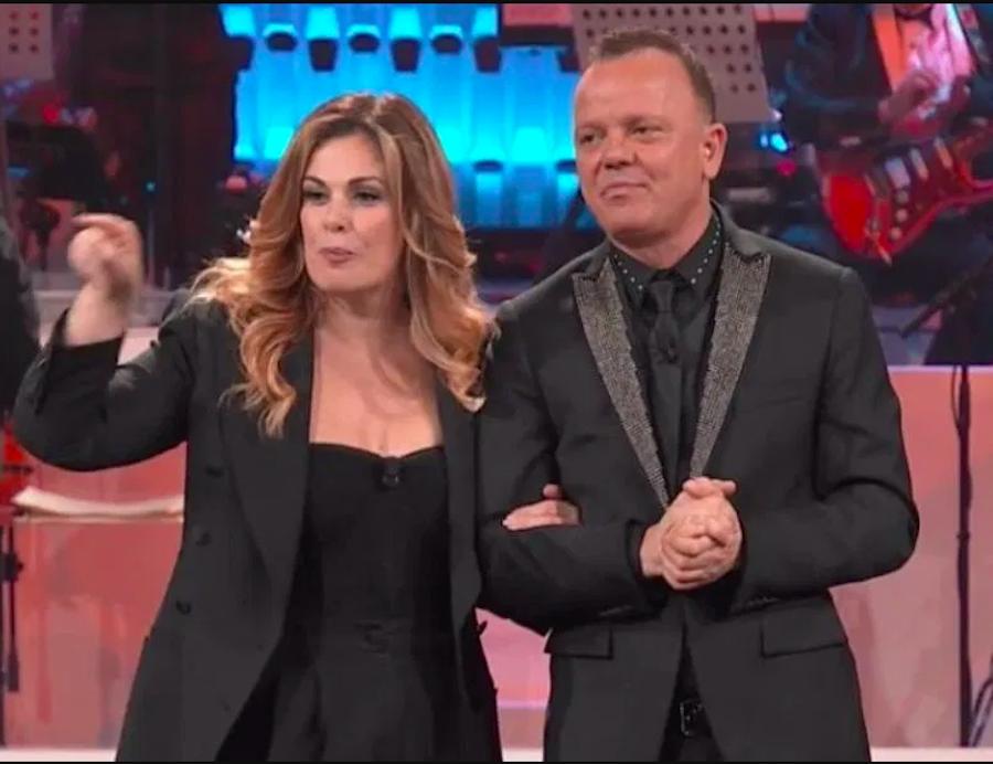Anna Tatangelo, la frecciatina (in diretta) a Gigi D'Alessio