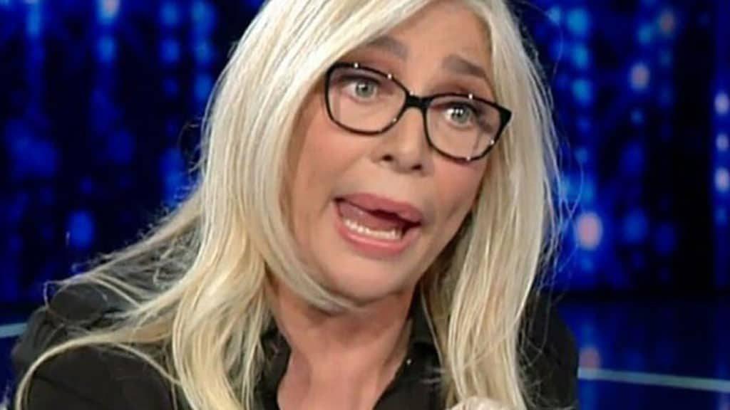 """""""Chiudi la bocca!"""". Mara Venier furiosa, stavolta non si sal"""