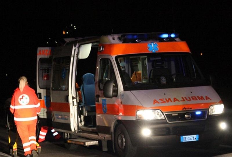 Intossicati in albergo, 30 finiscono in ospedale: succede in