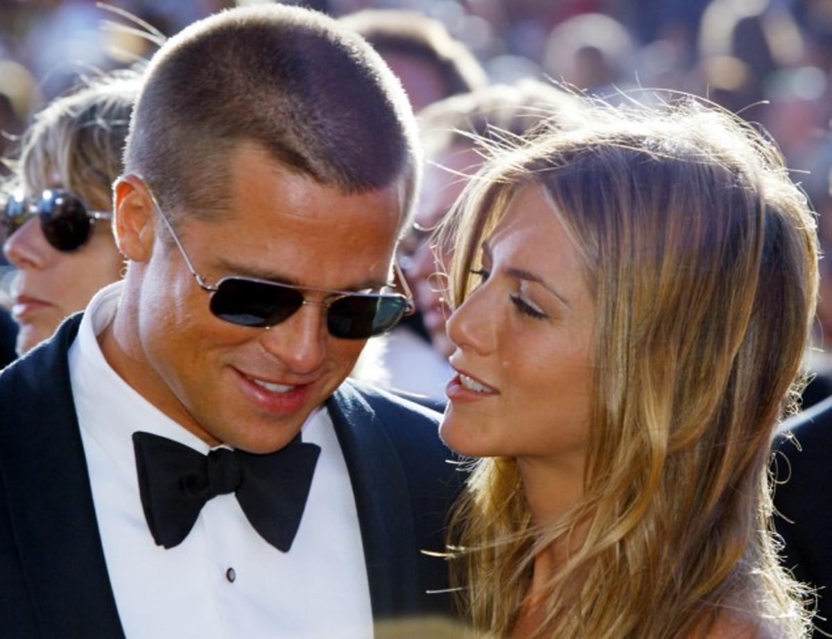 Brad Pitt e Jennifer Aniston. Il loro amico parla e svela tu