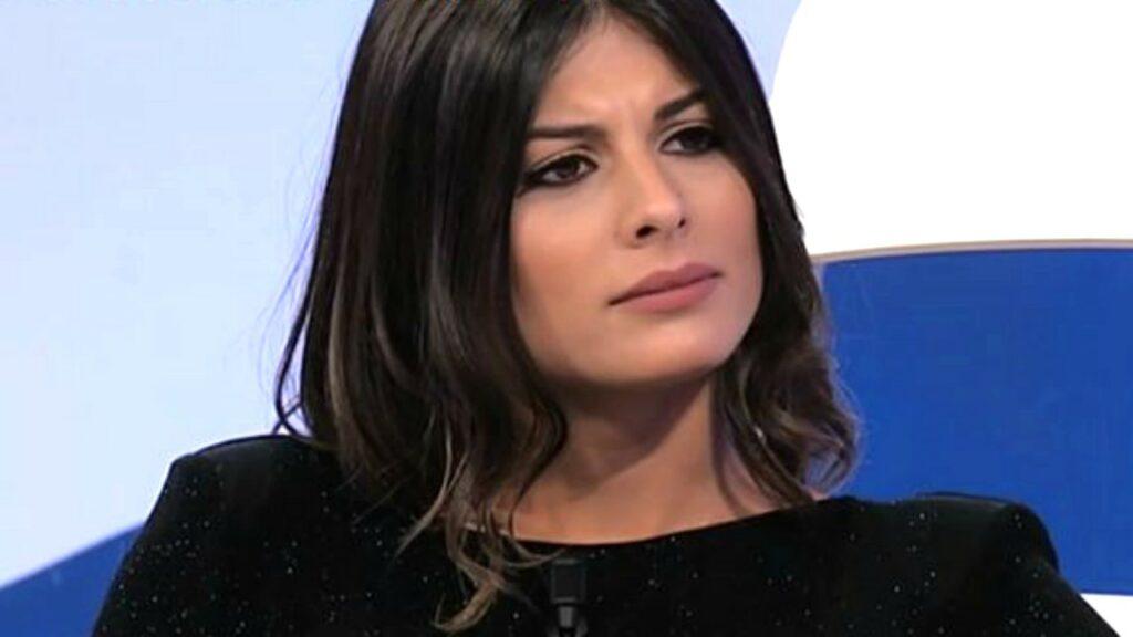 """""""Cacciateli!"""". Uomini e Donne, Giulia Cavaglià demolisce i t"""