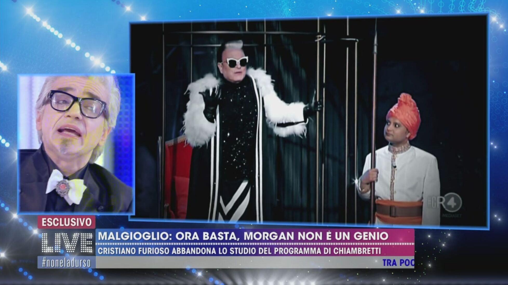 """""""Ignorante, poveraccio!"""". Live Non è la D'urso, veleno tra M"""