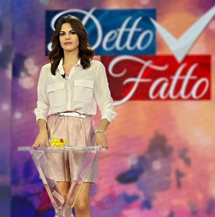 """Bianca Guaccero sbotta in diretta a Detto Fatto: """"Vergognate"""