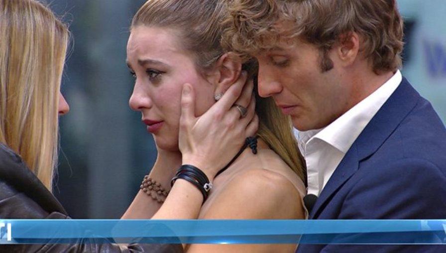 GF Vip, la dichiarazione d'amore di Clizia Incorvaia a Paolo