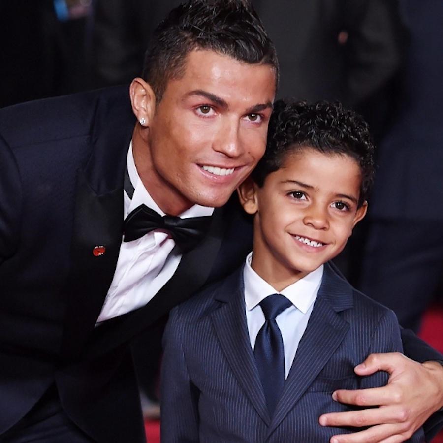 Cristiano jr, il figlio di Ronaldo sbarca su Instagram ed ec