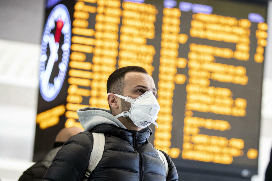 """Coronavirus, """"mascherina, guanti (e non solo) anche dopo la"""