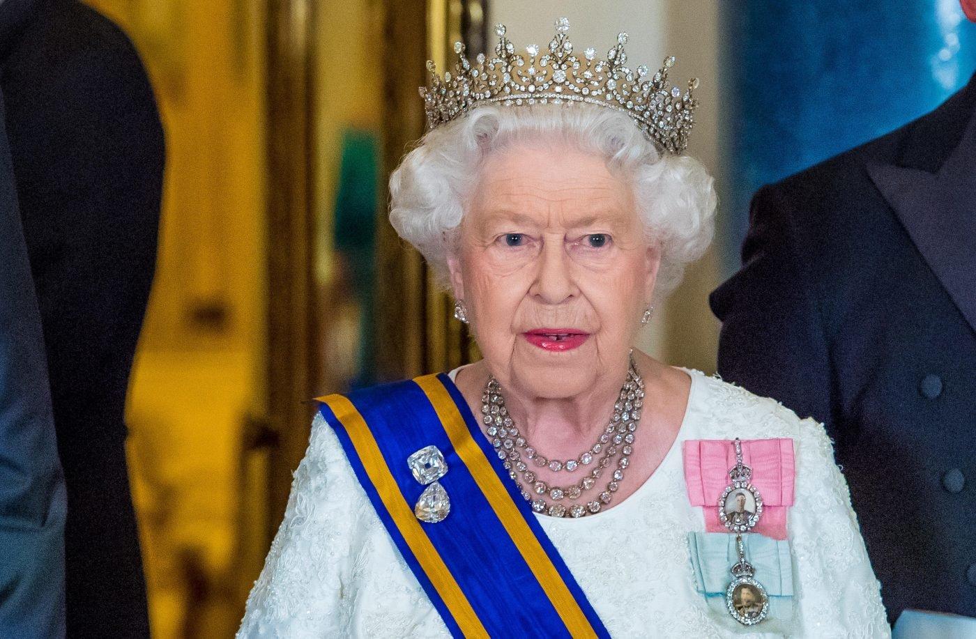 Coronavirus La Decisione Della Regina Elisabetta Cosa E Successo