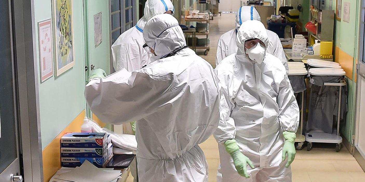 Coronavirus, muore 37enne incinta. Non ce l'ha fatta neanche