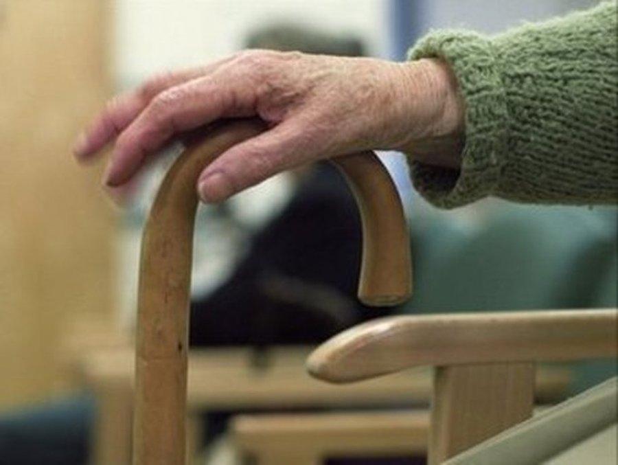"""Nonno in quarantena si suicida: """"Non posso vedere il mio nip"""