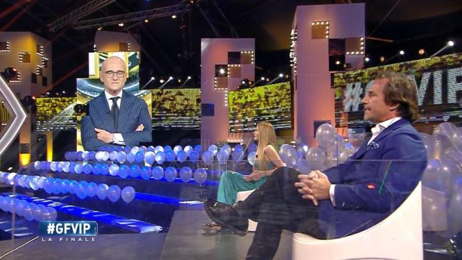 GF Vip, Alfonso Signorini zittisce Licia Nunez in diretta, proprio alla finale
