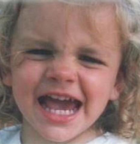 Sì, una bambina ha davvero trovato una mascherina nei chicken nuggets di McDonald's